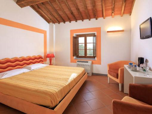Swing Orange Room